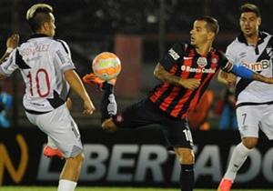 En su debut, el conjunto de Boedo consiguió un trabajado triunfo sobre Danubio.