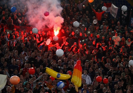 Feyenoord - Roma suspended