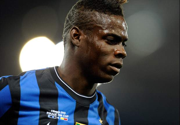 Inter Striker Mario Balotelli On His Way To Sign Manchester City Contract After Completing Medical - Report
