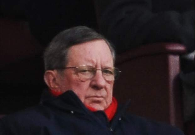 Arsenal chairman Hill-Wood slams Usmanov attacks as 'utter rubbish'