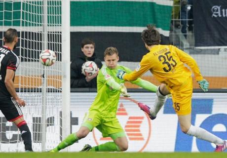 Augsburg : le gardien égalise dans les arrêts de jeu