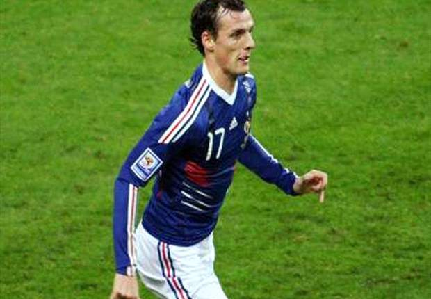 Report: Arsenal To Sign Sebastien Squillaci From Sevilla