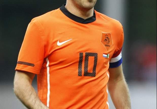 Manchester United Could Buy Real Madrid's Rafael Van Der Vaart For €20 Million - Report