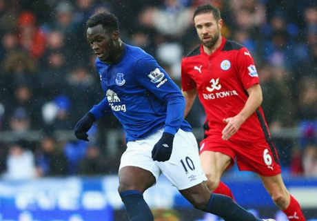 Everton 2-2 Leicester: Howard struggles