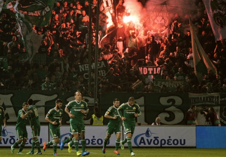 Players attacked in Athens derby