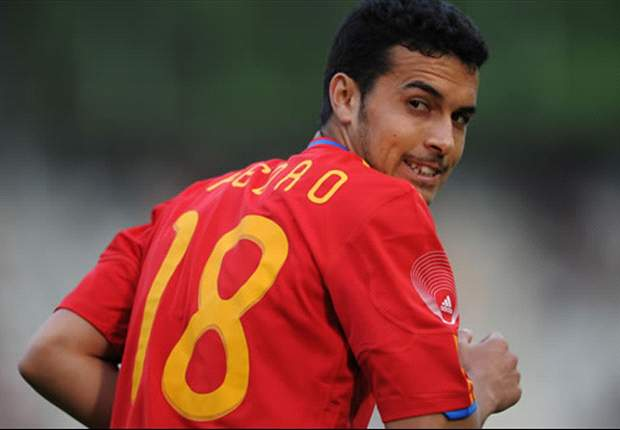OFFICIAL: Starting Lineups For Netherlands - Spain; De Jong Returns For Oranje, Pedro Retains Starting Role