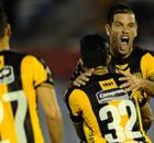 Peñarol y Atenas lideran el uruguayo