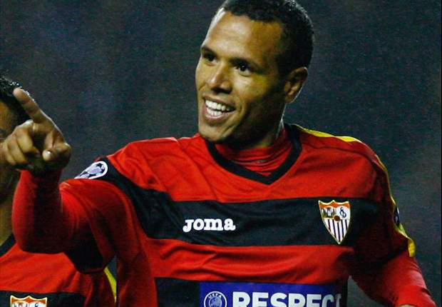 Tottenham told by Sevilla they must pay £30m to capture Luis Fabiano