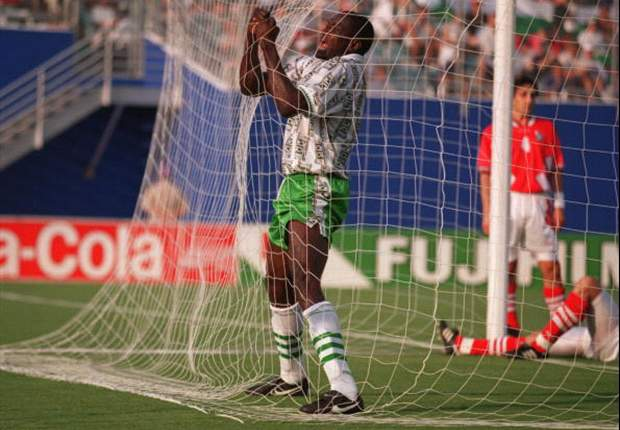 Rasheed Yekini celebrates Nigeria's first World Cup goal