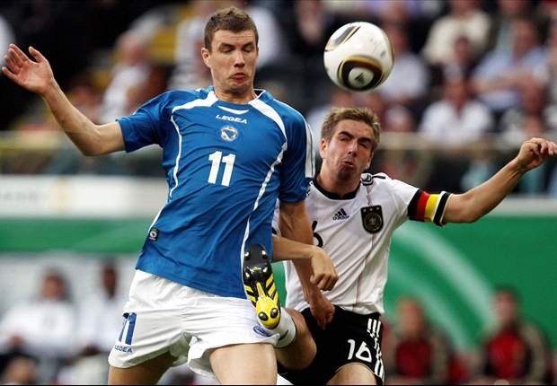 Germany Captain Philipp Lahm Concerned By Bastian Schweinsteiger Absence In Euro 2012 Qualifiers